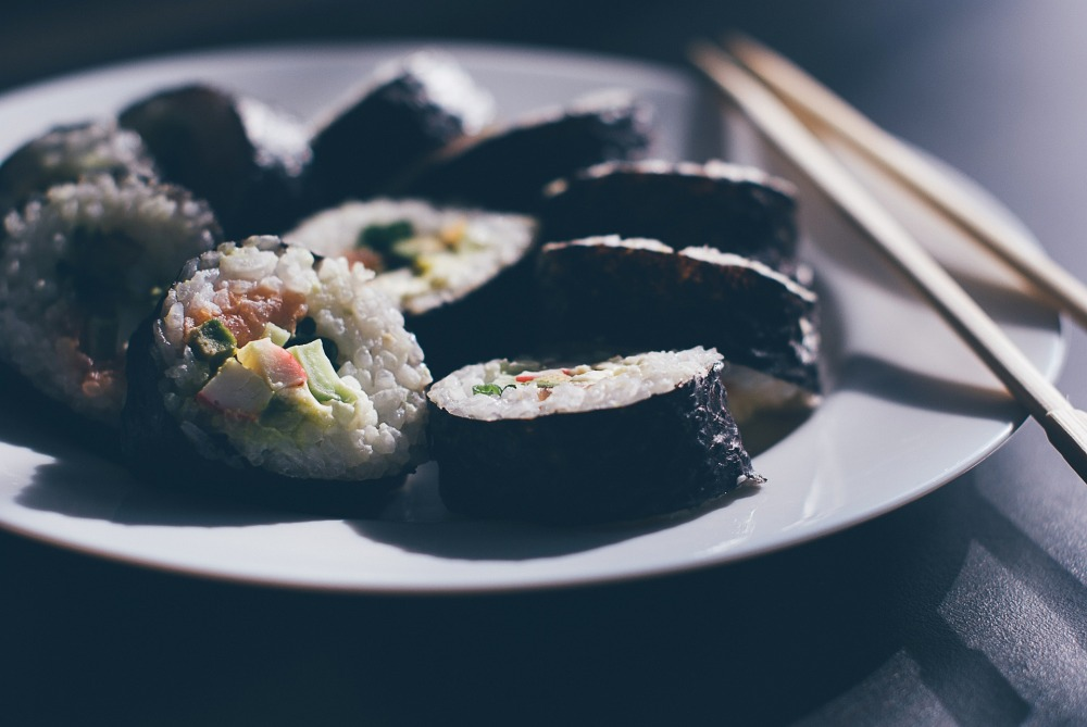 sushi-933065_1920